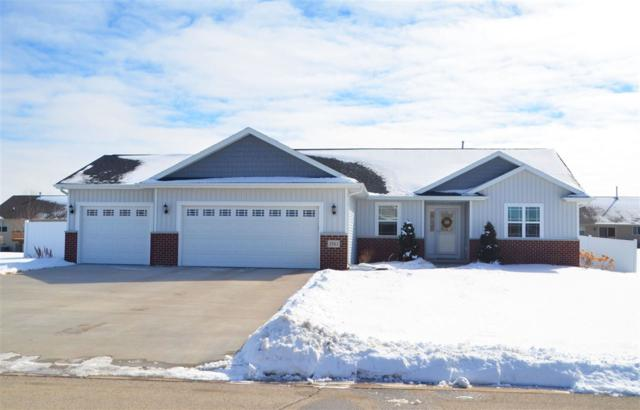 3563 Crocus Drive, De Pere, WI 54115 (#50178976) :: Todd Wiese Homeselling System, Inc.