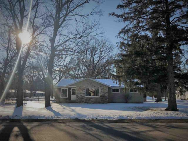 620 S Cambridge Street, Wautoma, WI 54982 (#50179070) :: Dallaire Realty