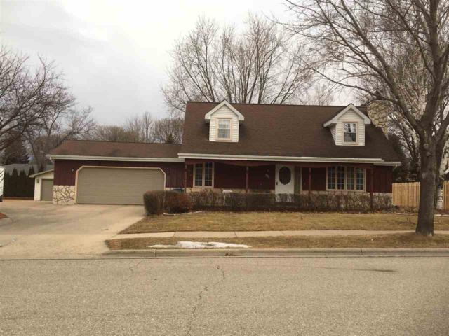 901 Rosehill Road, Kaukauna, WI 54130 (#50179092) :: Todd Wiese Homeselling System, Inc.