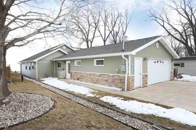 136 Rickers Bay Road, Neenah, WI 54956 (#50179118) :: Todd Wiese Homeselling System, Inc.
