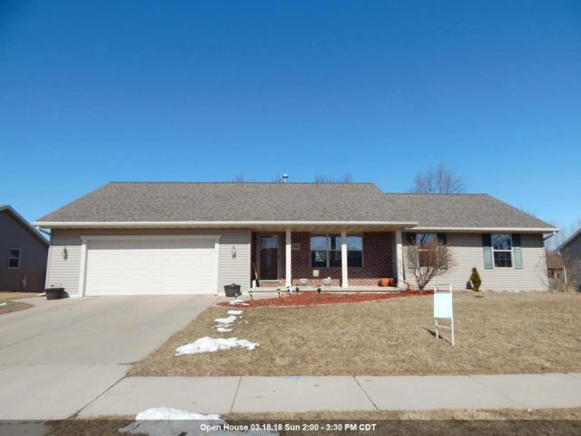 2938 Belle Plane Road, Green Bay, WI 54313 (#50179161) :: Todd Wiese Homeselling System, Inc.