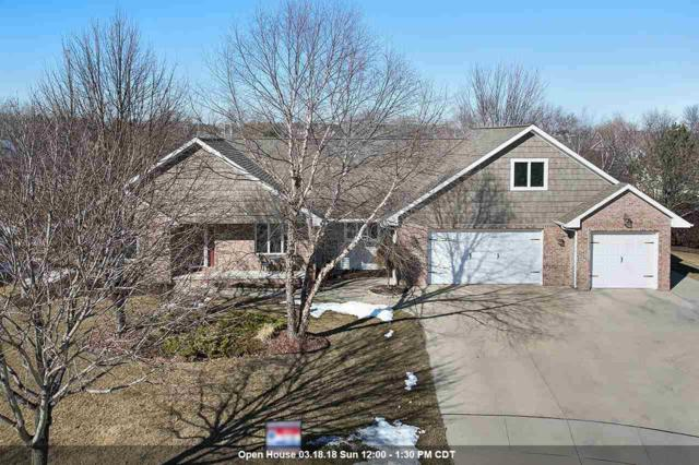 3640 Copper Oak Circle, Green Bay, WI 54313 (#50179238) :: Todd Wiese Homeselling System, Inc.