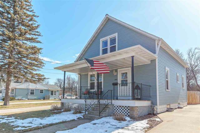 1001 St Paul Street, Green Bay, WI 54304 (#50179262) :: Todd Wiese Homeselling System, Inc.