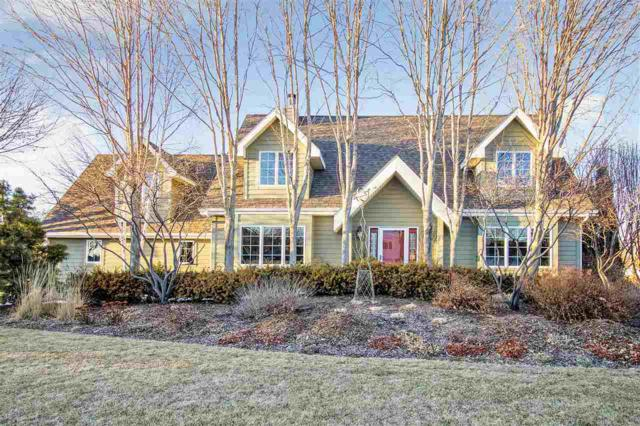 2316 W Spring Hollow Drive, Appleton, WI 54914 (#50179273) :: Todd Wiese Homeselling System, Inc.