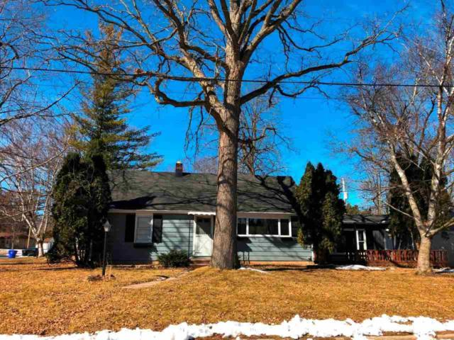 1619 Woodland Court, Appleton, WI 54911 (#50179281) :: Todd Wiese Homeselling System, Inc.