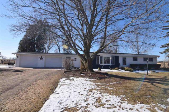E9697 Hwy 76, Bear Creek, WI 54922 (#50179291) :: Dallaire Realty