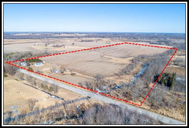 W6570 Hwy S, Shiocton, WI 54170 (#50179314) :: Dallaire Realty