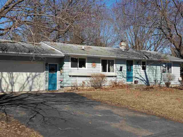 624 Wisconsin Street, Waupaca, WI 54981 (#50179317) :: Dallaire Realty
