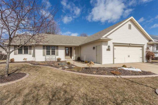 2627 Radinz Road, Green Bay, WI 54311 (#50179334) :: Todd Wiese Homeselling System, Inc.