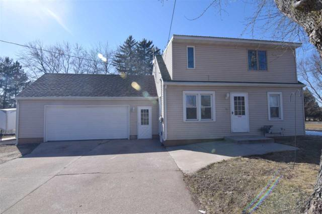 231 Walnut Street, Clintonville, WI 54929 (#50179690) :: Dallaire Realty