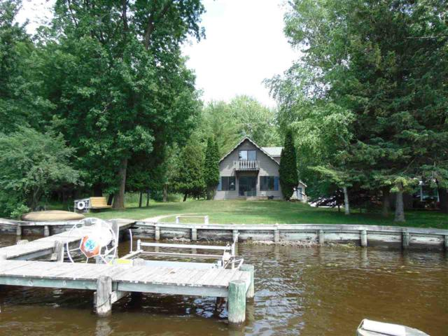 8985 Riverview Lane, Fremont, WI 54940 (#50179788) :: Dallaire Realty