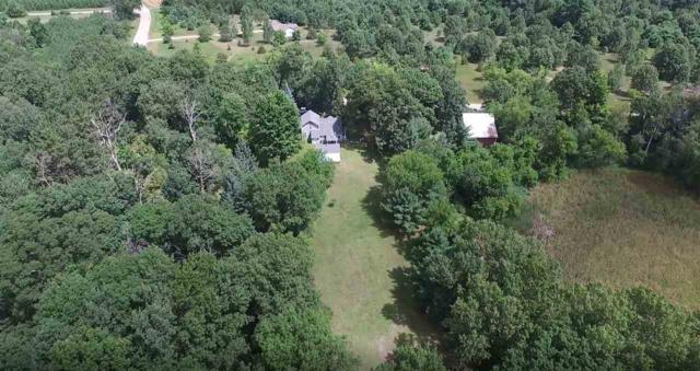E2029 Spencer Lake Road, Waupaca, WI 54981 (#50180231) :: Dallaire Realty
