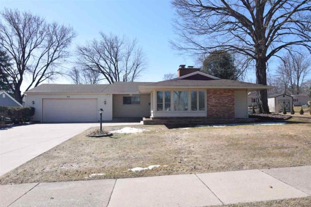 34 19TH Street, Clintonville, WI 54929 (#50180319) :: Dallaire Realty
