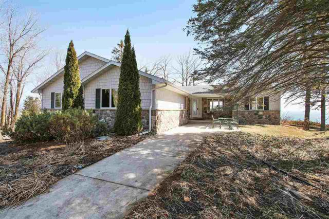 N2494 Lakeshore Road, Kewaunee, WI 54216 (#50180413) :: Dallaire Realty
