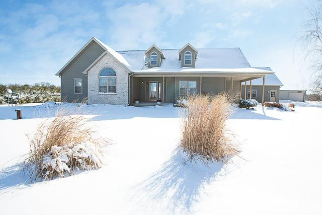 2664 Morrow Road, Omro, WI 54963 (#50180527) :: Dallaire Realty