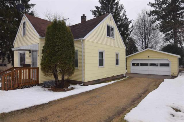 26 Felshow Street, Clintonville, WI 54929 (#50181086) :: Dallaire Realty