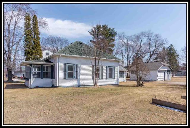 307 W Main Street, Weyauwega, WI 54983 (#50181114) :: Dallaire Realty