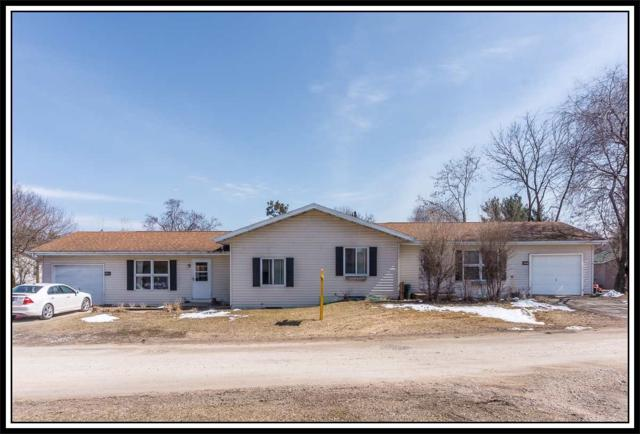 551 Lakeshore Court, Weyauwega, WI 54983 (#50181120) :: Dallaire Realty