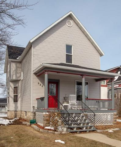 928 Carney Boulevard, Marinette, WI 54143 (#50181179) :: Dallaire Realty