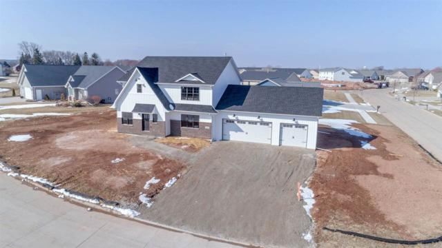1200 Kathleen Court, Kimberly, WI 54136 (#50181185) :: Dallaire Realty