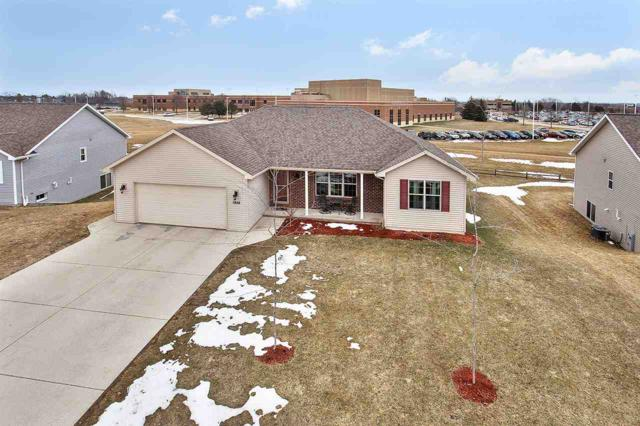 1956 Golden Bell Drive, Green Bay, WI 54313 (#50181280) :: Dallaire Realty