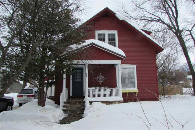 521 S State Street, Waupaca, WI 54981 (#50181307) :: Dallaire Realty