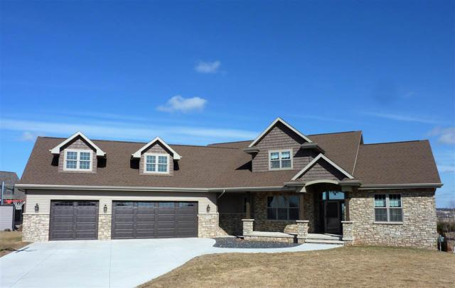 W7008 Rockdale Lane, Greenville, WI 54952 (#50181399) :: Dallaire Realty