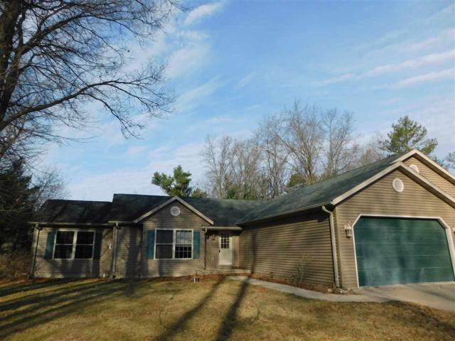 W9179 Spruce Road, Clintonville, WI 54929 (#50182317) :: Symes Realty, LLC