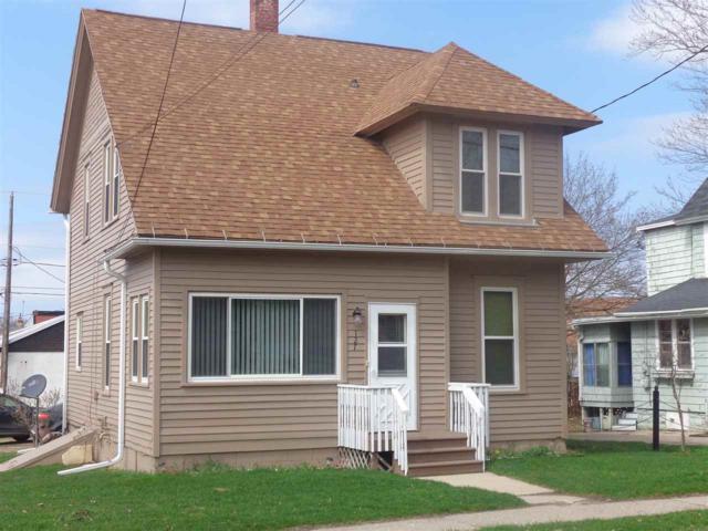 127 E 1ST Street, Gillett, WI 54124 (#50182519) :: Symes Realty, LLC
