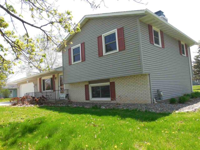 2136 Allouez Avenue, Green Bay, WI 54311 (#50183317) :: Symes Realty, LLC