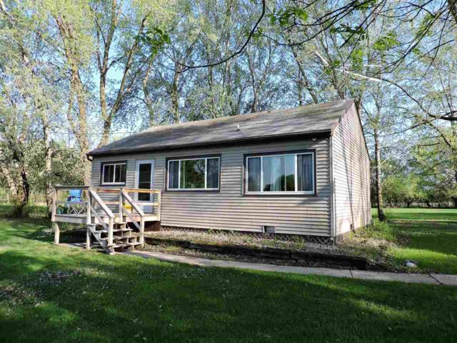 8073 Channel Lane, Omro, WI 54963 (#50183418) :: Symes Realty, LLC