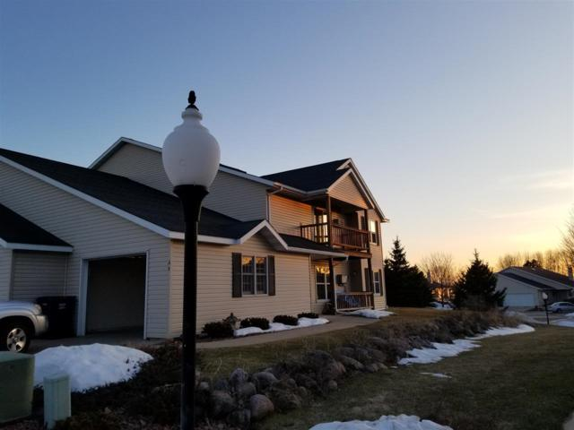 221 Countryside Court A, Waupaca, WI 54981 (#50183791) :: Symes Realty, LLC