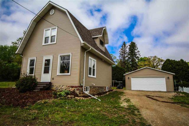 530 Howard Street, Ripon, WI 54971 (#50183932) :: Dallaire Realty