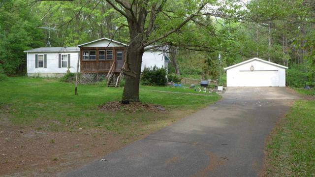 N1725 Sue Lane, Waupaca, WI 54981 (#50184044) :: Dallaire Realty