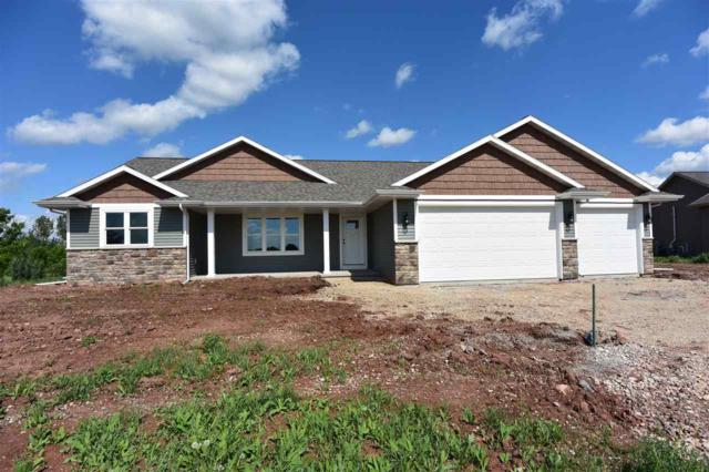 1807 Lucas Drive, New London, WI 54961 (#50184515) :: Symes Realty, LLC