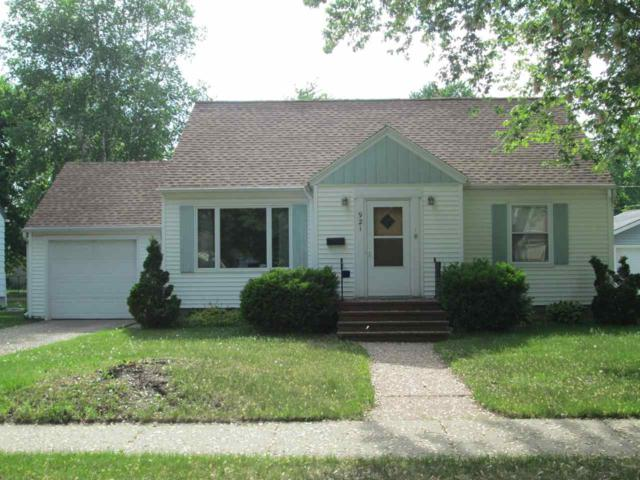 921 S Lutz Street, Shawano, WI 54166 (#50184828) :: Symes Realty, LLC