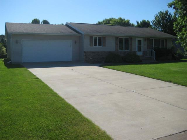 623 Wilkes Court, Ripon, WI 54971 (#50184874) :: Symes Realty, LLC