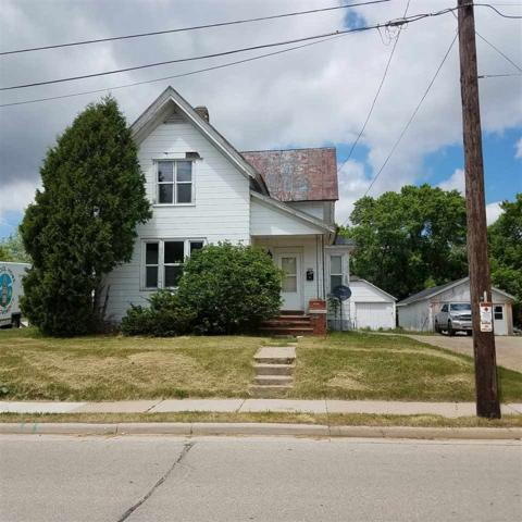 210 Center Street, Brillion, WI 54110 (#50184921) :: Symes Realty, LLC
