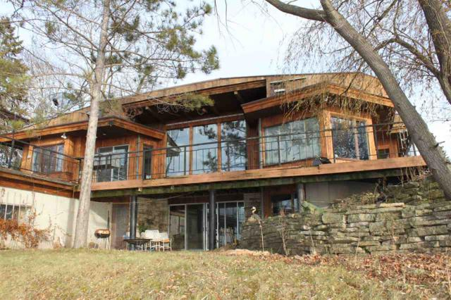 7101 Clarks Point Road, Winneconne, WI 54986 (#50184942) :: Symes Realty, LLC