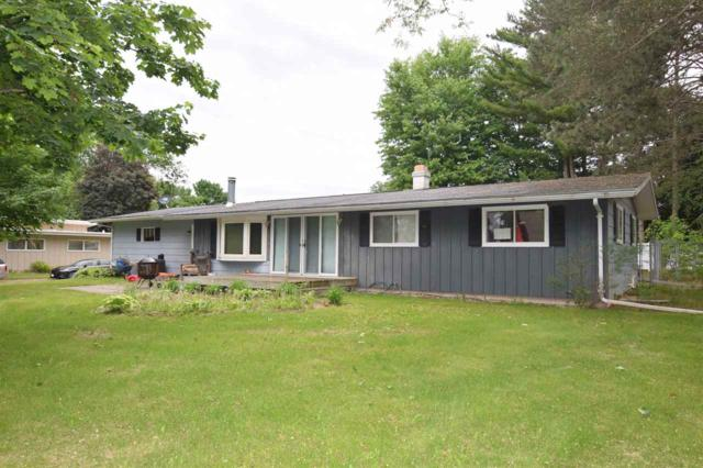 41 Riverside Drive, Clintonville, WI 54929 (#50184975) :: Symes Realty, LLC
