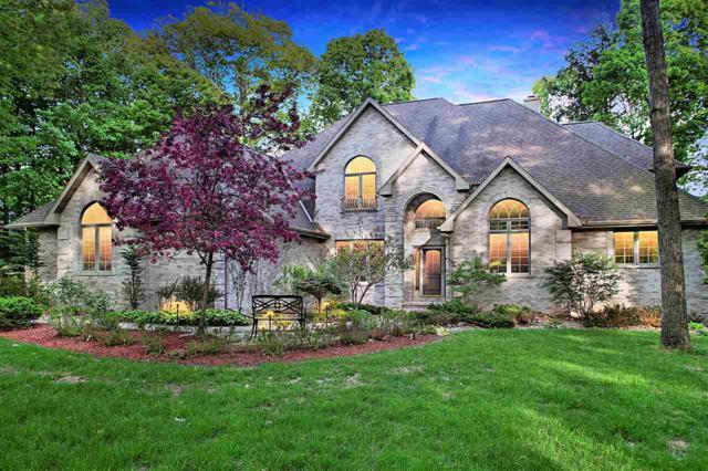3004 River Forest Hills Drive, Pulaski, WI 54162 (#50185185) :: Symes Realty, LLC