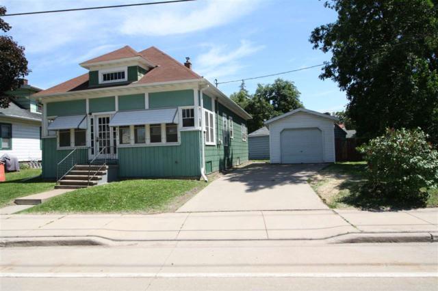 369 Ahnaip Street, Menasha, WI 54952 (#50185287) :: Dallaire Realty