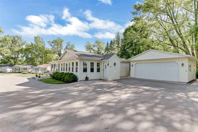 E112 Paque Lane, Luxemburg, WI 54217 (#50185384) :: Symes Realty, LLC