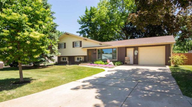 2077 True Lane, Green Bay, WI 54304 (#50185388) :: Dallaire Realty