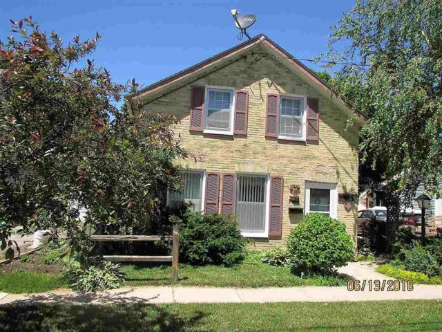 410 Milwaukee Avenue West, FORT ATKINSON, WI 53538 (#50185545) :: Dallaire Realty