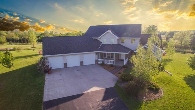 N1208 Crandon Court, Greenville, WI 54942 (#50185573) :: Dallaire Realty
