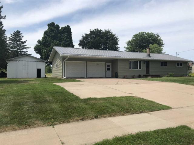 471 Bridge Street, Manawa, WI 54949 (#50185581) :: Todd Wiese Homeselling System, Inc.