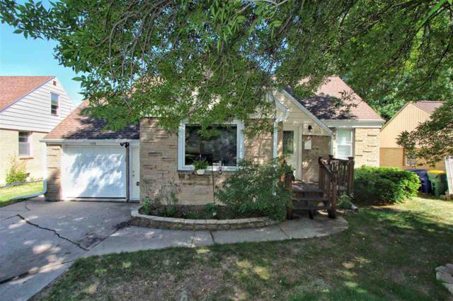 1125 S Oneida Street, Green Bay, WI 54304 (#50185585) :: Symes Realty, LLC