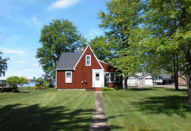 W4878 Swan Acre Drive, Cecil, WI 54111 (#50185593) :: Symes Realty, LLC