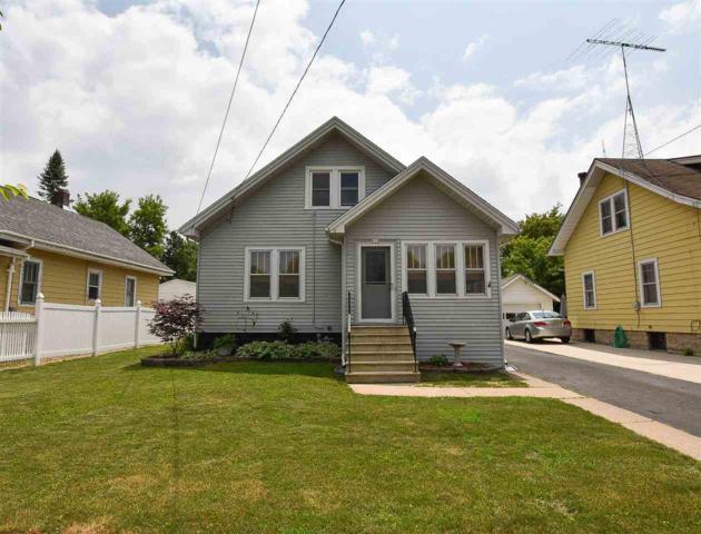 533 W 15TH Avenue, Oshkosh, WI 54902 (#50185655) :: Symes Realty, LLC